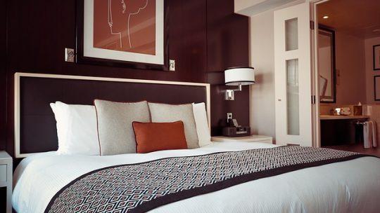 Chambre à coucher : comment personnaliser la décoration ?