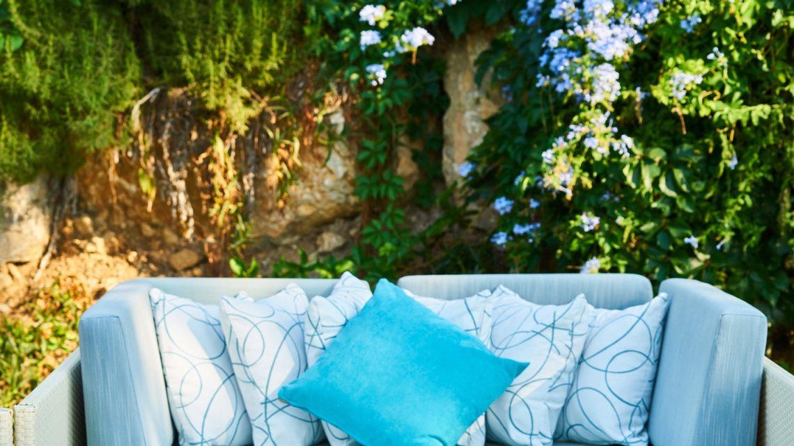 Comment choisir l'épaisseur idéale pour vos coussins d'extérieurs