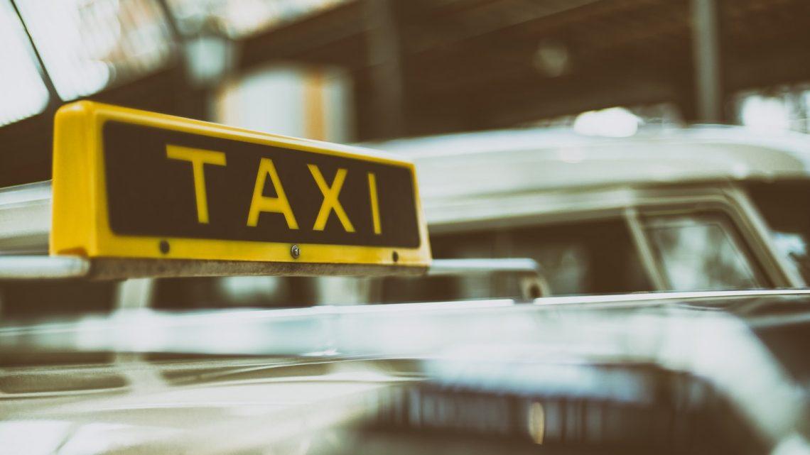 Trouver une bonne compagnie de taxi : comment y parvenir ?